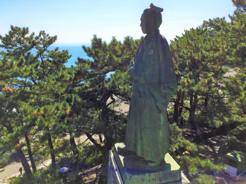 桂浜の龍馬像に大接近した写真