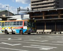高知駅MY遊バス停に止まるMY遊バス